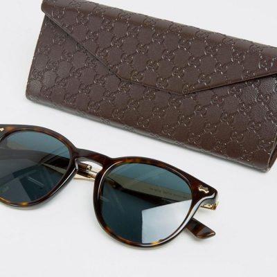 gafas de sol pequeñas